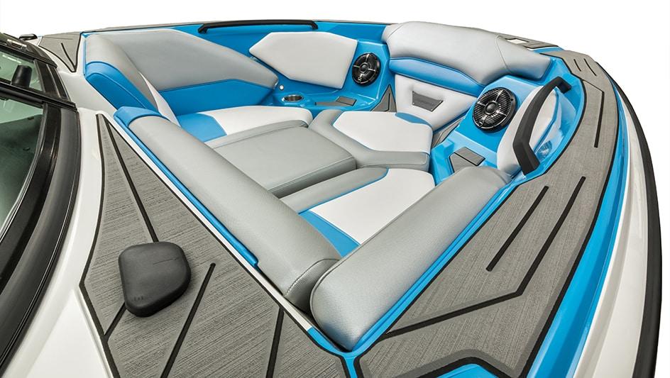 Home - Gatorstep - Ultra Premium Marine Non-Skid Flooring